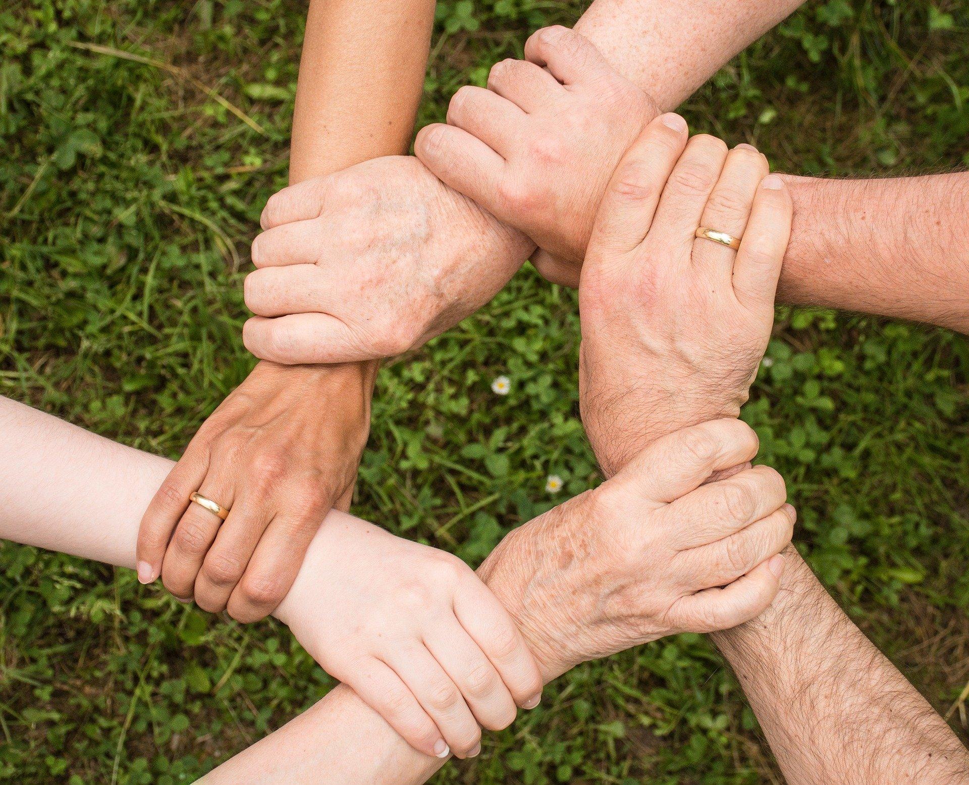 Gemeinsam bringen wir Freude und Abwechslung in den Alltag.